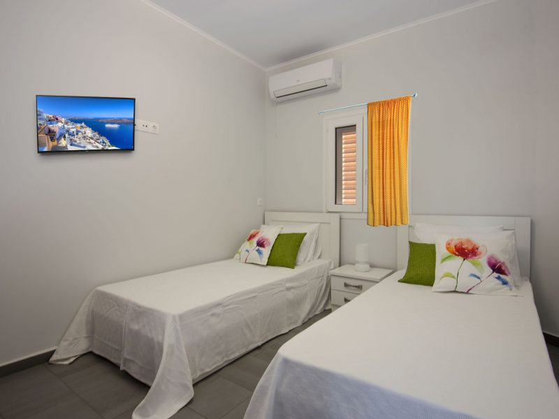 Second Bed Room Villa Red Beach Williams